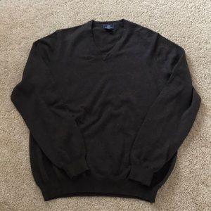 Brooks Brothers men's  medium brown V neck sweater